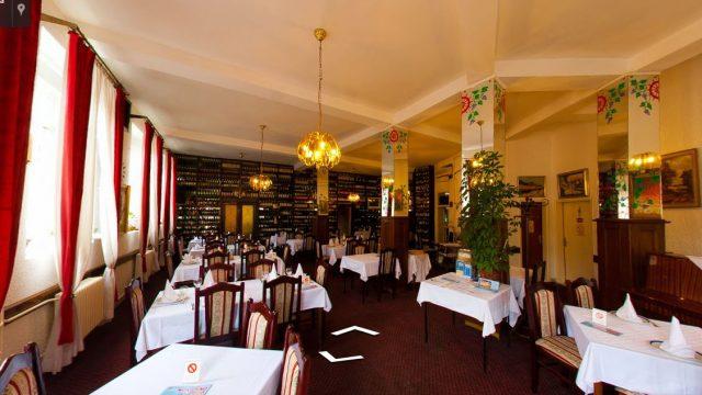 "Hotel Restoran ""Bela Lađa"""